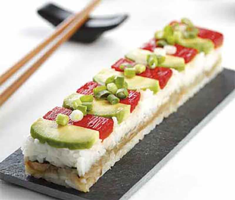 Sushi prensado de berenjena y pimiento